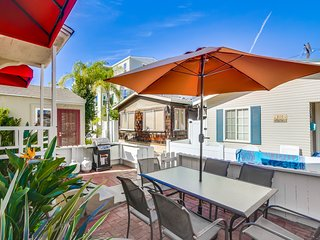 Charming House with Internet Access and Satellite Or Cable TV - Mission Beach vacation rentals