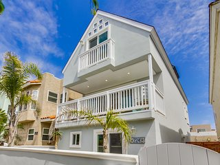 Perfect House with Internet Access and A/C - Mission Beach vacation rentals