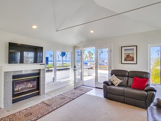 Bright House with Internet Access and Water Views - Mission Beach vacation rentals
