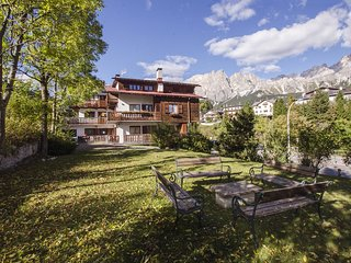Lovely 3 bedroom House in Cortina D'Ampezzo with Internet Access - Cortina D'Ampezzo vacation rentals