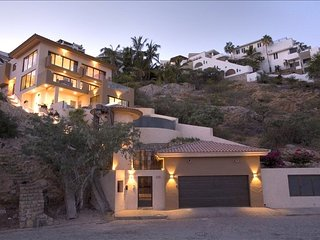 Casa Miguel - 4 Bedrooms - Cabo San Lucas vacation rentals