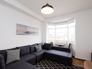 Ideally Located Penthouse in the Heart of the West End Marylebone Oxford Circus - London vacation rentals