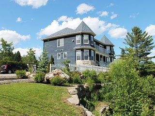 Awesome mountain views, house for rent in Saint Sauveur, QC. - Saint Sauveur des Monts vacation rentals