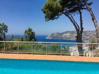 Casa Rama del Olivo-Luxury Villa with pool & Airco - La Herradura vacation rentals