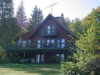 Cozy 3 bedroom Rangeley House with Microwave - Rangeley vacation rentals