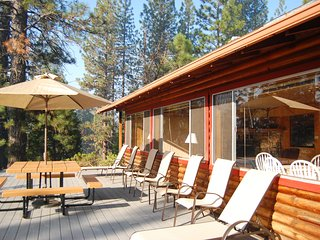 Nice House with Television and DVD Player - Wawona vacation rentals