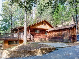 Wonderful 3 bedroom Wawona House with Television - Wawona vacation rentals