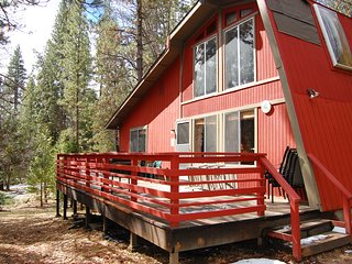 Cozy 3 bedroom House in Wawona with Television - Wawona vacation rentals