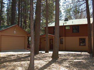 Comfortable 5 bedroom Wawona House with Internet Access - Wawona vacation rentals