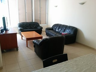 In the Centre of Raanana: 3 bedrooms-Good value - Ra'anana vacation rentals