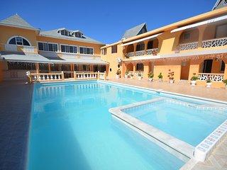Villa Royale, Montego Bay, 6BR - Ironshore vacation rentals
