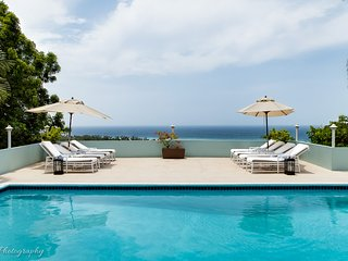 Bright House with A/C and Shared Outdoor Pool - Montego Bay vacation rentals