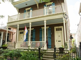 2 BR Vict. House - Garden District - New Orleans vacation rentals
