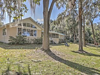 Waterfront 2BR Dunnellon House w/Private Dock - Dunnellon vacation rentals