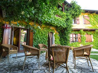 Rural house surrounded by vinyards - Pliskovica vacation rentals