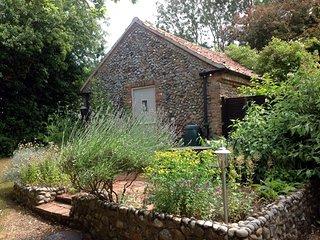 Herb Cottage, Gunthorpe, North Norfolk - Melton Constable vacation rentals