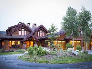 Incredible Breckenridge Home on Golf Course – Chef's Kitchen & Theater - Breckenridge vacation rentals