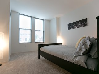 Luxury Boston 1BR w/ Large Living Room and Den - Somerville vacation rentals