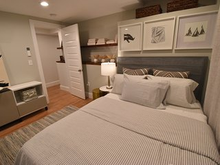 Boston North End, Little Italy, Beautiful new 3BR 3BA apt. (M1G) - Boston vacation rentals
