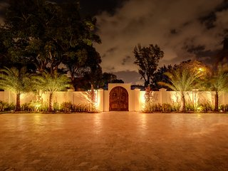 Decadent Compound - Hollywood vacation rentals