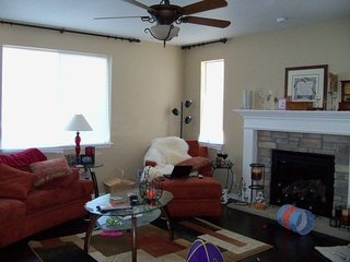 Chatfield House - Spacious Mountain Retreat w/view - Littleton vacation rentals