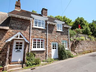 Stag Cottage, Porlock - Charming cottage with character in Porlock village on - Porlock vacation rentals