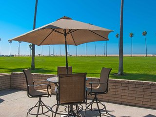 906 A E. Oceanfront - Newport Beach vacation rentals