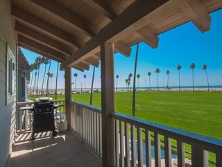 906 B E. Oceanfront - Newport Beach vacation rentals