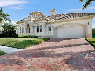 Bright House with Internet Access and A/C - Marco Island vacation rentals