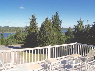 Orleans Private & Pretty, Views of Town Cove:032-O - East Orleans vacation rentals