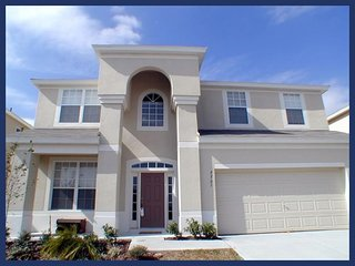 Luxury 6 Bed Family Home - Pool, 2 Miles to Disney - Four Corners vacation rentals