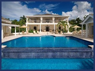 Stunning 6 Bed Home with Private Infinity Pool - Gibbs Bay vacation rentals