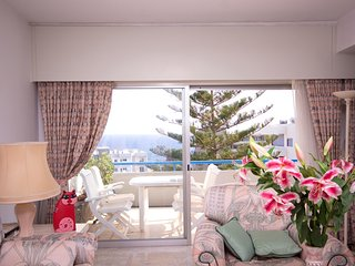 Bright sea view flat in complex with s/pool 50 m fm nice beaches restaurants etc - Agios Tychon vacation rentals
