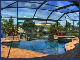 3 bedroom Cape Coral luxury villa- Amazing Swimming pool- Tiki Hut- Boat Dock- Beautiful views - Matlacha vacation rentals