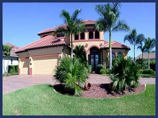 Brand new 3 bedroom 3 bathroom Cape Coral villa with a beautiful pool with wonderful views and easy access to the Golf - Saint James City vacation rentals