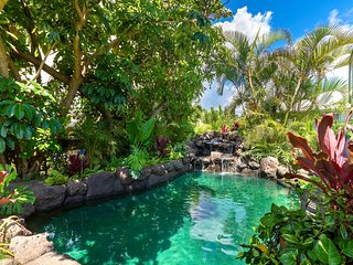 $557/NT 8/11-8/15~ Ocean View Beach House~ Sun Deck~AC~ Pool~Steps to the Beach! - Waimanalo vacation rentals