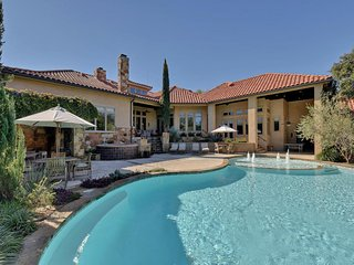 Gorgeous House with Shared Outdoor Pool and Wireless Internet - Austin vacation rentals
