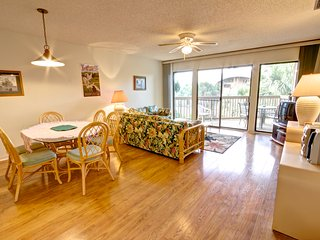 Hibiscus Resort - H304, Garden View, 2BR/2BTH, 3 Pools, Wifi - Saint Augustine vacation rentals