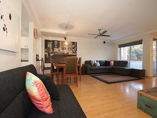 Getastay Village Garden Home - Gold Coast Central - Walk to pool and cafes - Mudgeeraba vacation rentals