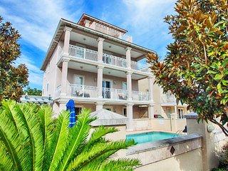 Aphrodite: Private Pool/ Hotub, Short Walk to the Private Beach Access! - Destin vacation rentals