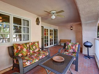 Deauville Bahama - Palm Springs vacation rentals