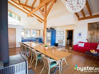 2-Bedroom Suite Bear, 4-8 guests, at Myra Canyon Ranch above Kelowna - Kelowna vacation rentals