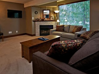 1 bedroom Condo with Deck in Whistler - Whistler vacation rentals