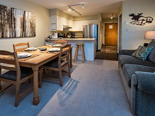 2 bedroom Apartment with Deck in Whistler - Whistler vacation rentals
