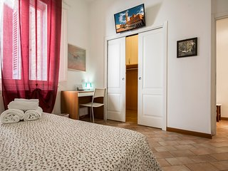 2 Bedrooms Apartment (Belladonna) - Siena vacation rentals