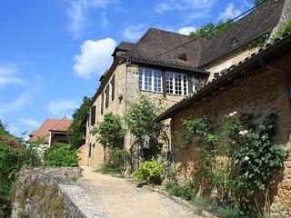 Lovely 2 bedroom Beynac-et-Cazenac House with Internet Access - Beynac-et-Cazenac vacation rentals