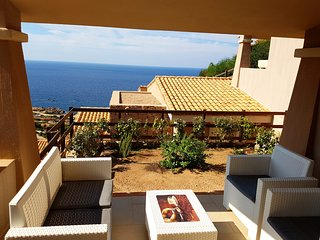 Apartment Altura with seaview - Costa Paradiso vacation rentals