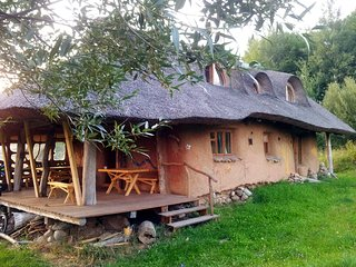 Eco Strawbale Retreat Natural Earth House - Przelomka vacation rentals