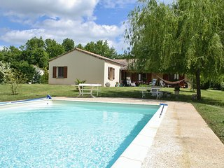 Comfortable House with Internet Access and Satellite Or Cable TV - Saint-Martial-de-Nabirat vacation rentals