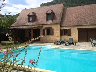 Lovely 3 bedroom Saint-Vincent-de-Cosse House with Internet Access - Saint-Vincent-de-Cosse vacation rentals